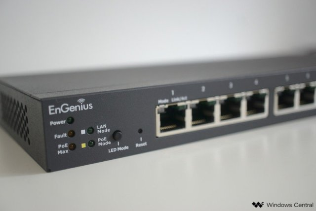 EnGenius ECS1008P