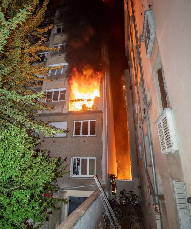 L'immeuble touché est situé dans une courette intérieure. /BSPP