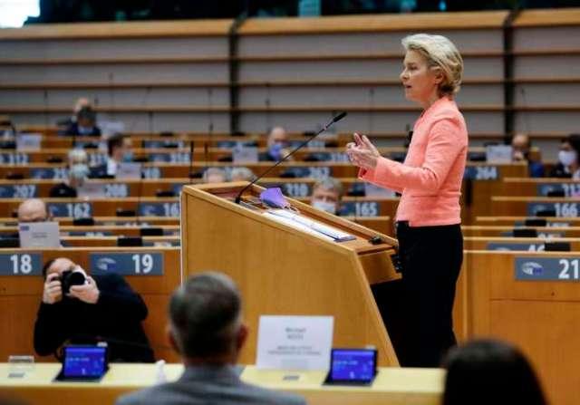 La présidente de la Commission européenne, Ursula von der Leyen, le 16 septembre à Bruxelles, pour son premier discours sur l'état de l'Union.