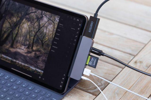 Sanho HyperDrive USB-C Hub for iPad Pro
