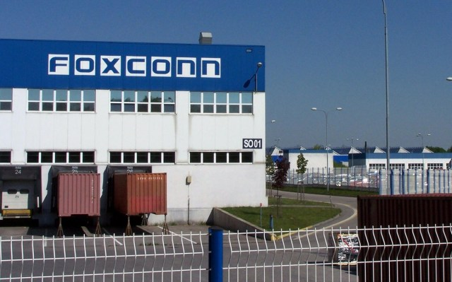 Foxconn moving its iPad and MacBook assembly lines outside of China
