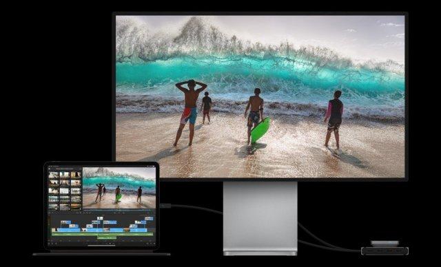 Apple iPad Pro 2021 Thunderbolt 4 Port