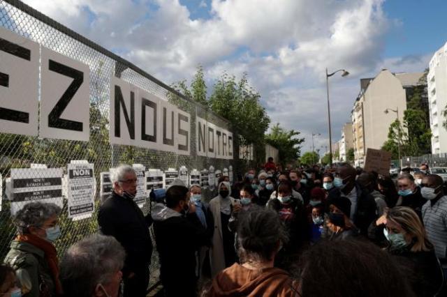 Manifestation de riverains dans les jardins d'Eole, le 19 mai.