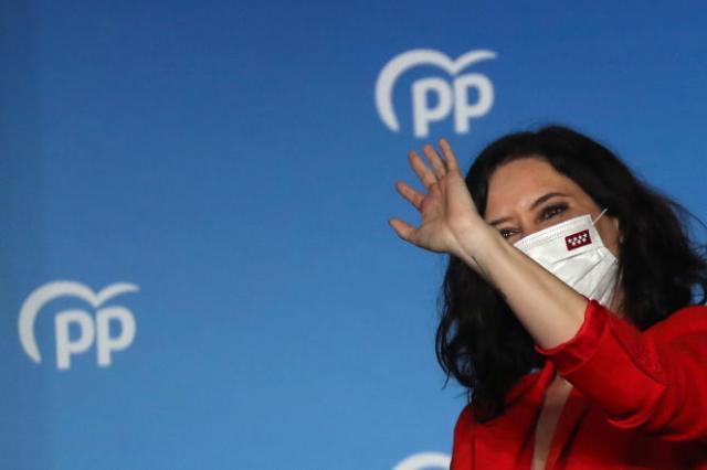 La dirigeante du gouvernement régional de Madrid et candidate du Parti populaire (PP) Isabel Diaz Ayuso, lors des résultats des élections régionales à Madrid, en Espagne, le 4mai 2021.