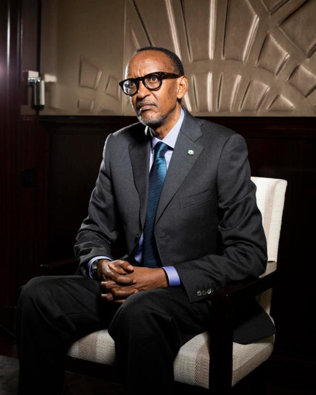 Paul Kagame, président du Rwanda, à l'hôtel Peninsula, dans le 16e arrondissement de Paris, le 17 mai 2021.