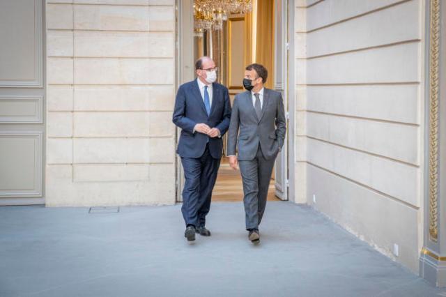 Jean Castex et Emmanuel Macron à l'Elysée à Paris, le 9 juin 2021.