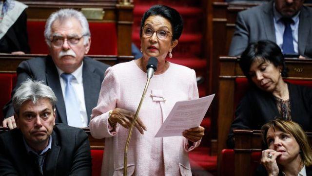 Huguette Bell lors d'une session de questions au gouvernement à l'Assemblée nationale, le 4 décembre 2018. (MAXPPP)