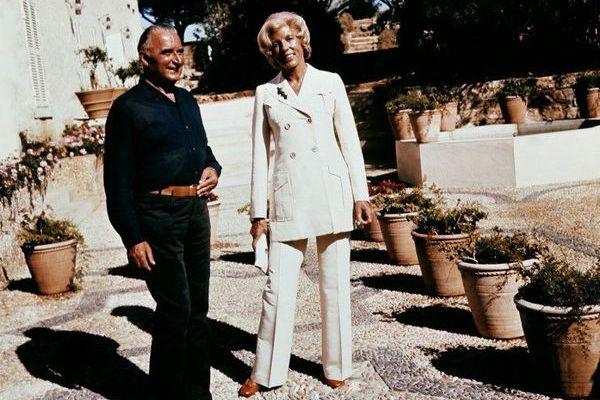 Le président Pompidou et son épouse Claude au fort de Brégançon.