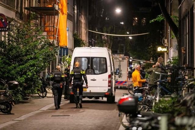 Le journaliste Peter R. de Vries s'est fait tirer dessus dans une rue du centre-ville d'Amsterdam, aux Pays-Bas, mardi 6 juillet 2021.