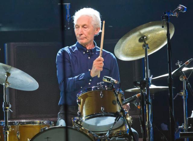 Le batteur des Rolling Stones, Charlie Watts, lors d'un concertà la Défense Arena, à Nanterre, le 22octobre2017.