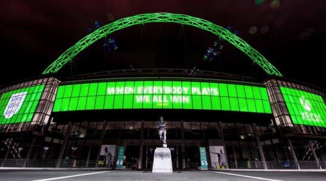 Xbox England Football Partnership Image