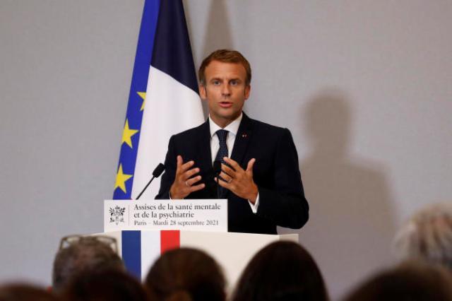 Emmanuel Macron lors de son discours de clôture de la convention nationale sur la santé mentale et la psychiatrie, au ministère des solidarités et de la santé à Paris, le 28 septembre 2021.