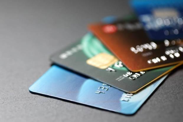 CRED Max, CRED, carte de crédit, crédit sans intérêt, pièces CRED, offres bancaires, banque hdfc, crédit