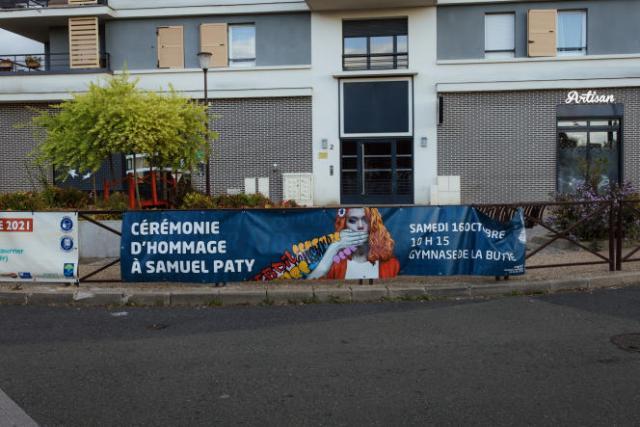 Une cérémonie d'hommage à Samuel Paty est prévue à Eragny (Yvelines), le 16 octobre 2021, commune dans laquelle résidait Samuel Paty.
