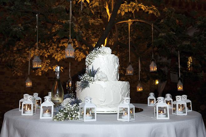 White wedding cake   Lake Como Wedding   Belle Momenti Photography