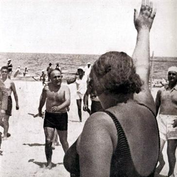 Playa Punta Canna, saluto romano al Duce