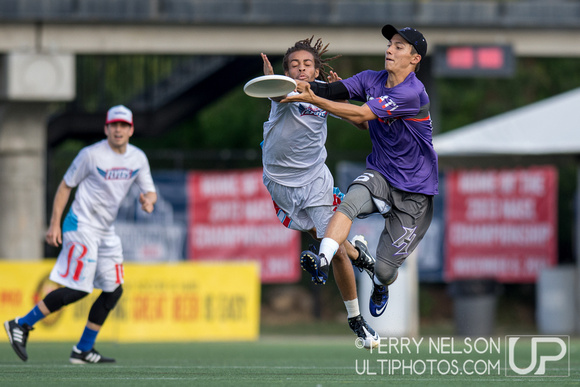 UltiPhotos: Highlights - Atlanta Hustle vs Raleigh Flyers 5/9/15 &emdash;