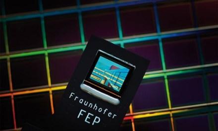 OLED-Mikrodisplay mit Augensteuerung beim Fraunhofer FEP entwickelt