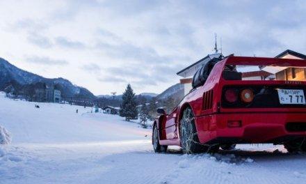 Ultra HD: Red Bull schickt Ferrari F40 für Video durch Ski-Gebiet