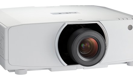 Neue NEC-Projektoren sind für professionelle Einsätze maßgeschneidert
