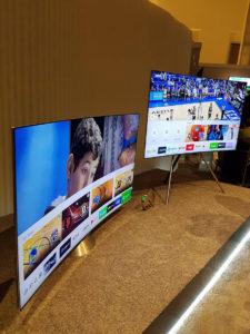 2 optionale Standfüße für Samsung QLED TVs
