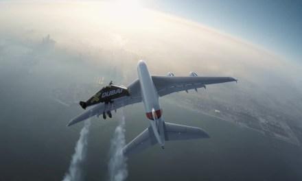 "Jetpack vs. Superjumbo: 4K-Video zeigt unglaubliches ""Duell"""