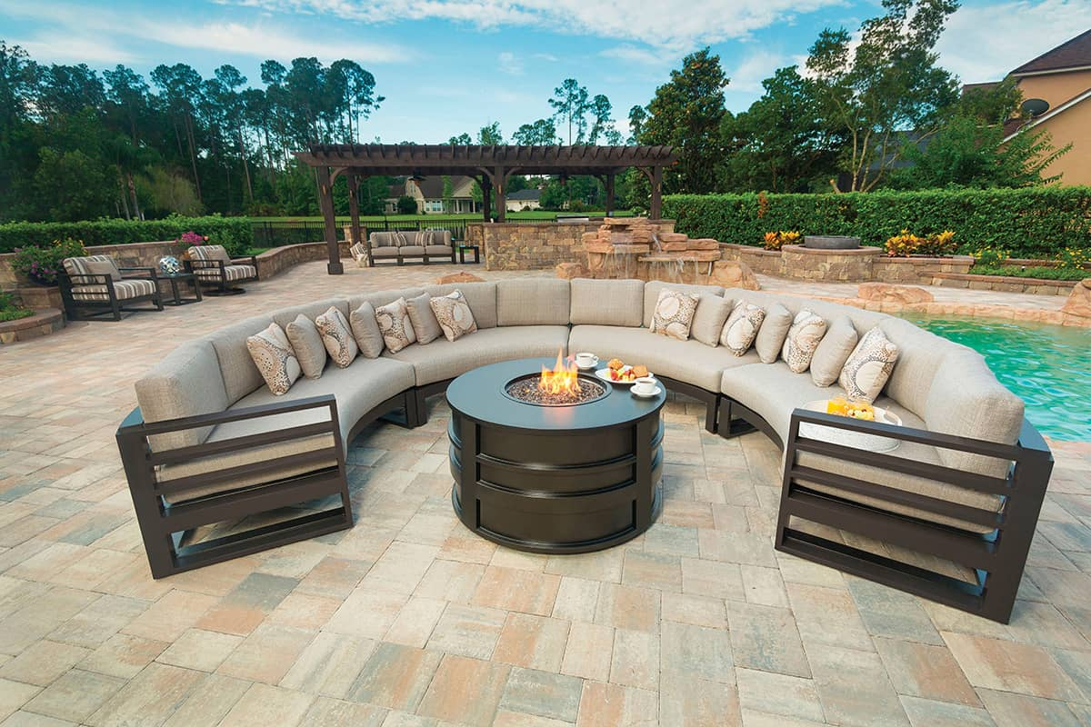 42 Round Fire Pit  Ultra Modern Pool  Patio