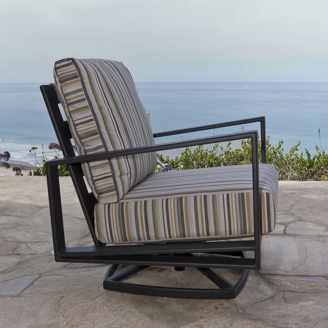 Gios Lounge Swivel Rocker Chair  Ultra Modern Pool  Patio