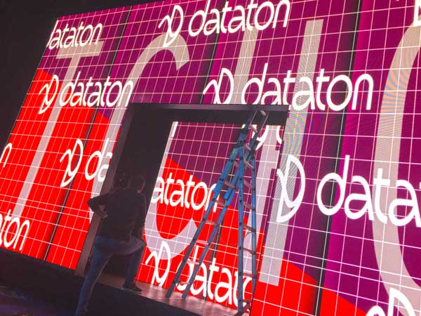 Watchout Dataton proiezioni di video mapping architetturale, allestimenti museali