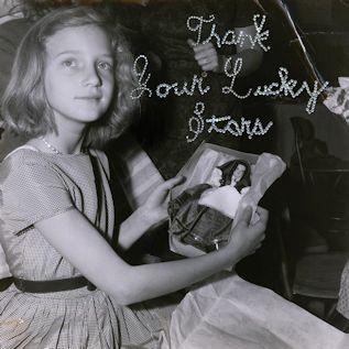 BEACH HOUSE - Thank Your Lucky Stars