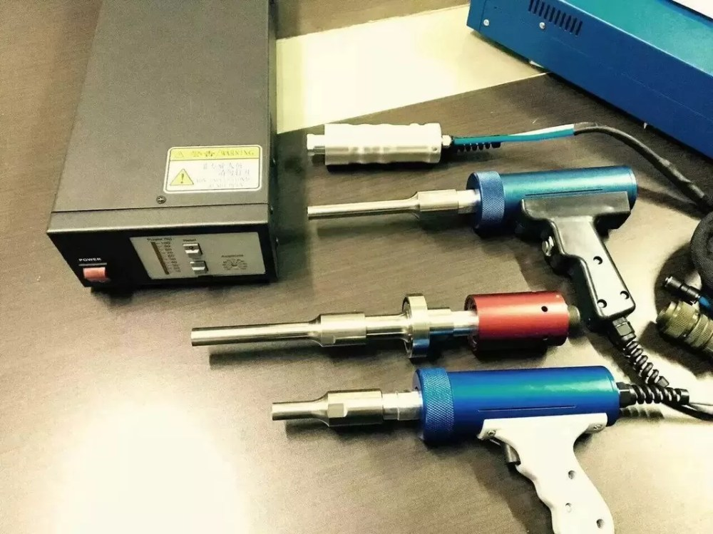 medium resolution of 20 40khz ultrasonic spot welder toy ultrasonic plastic welding equipment