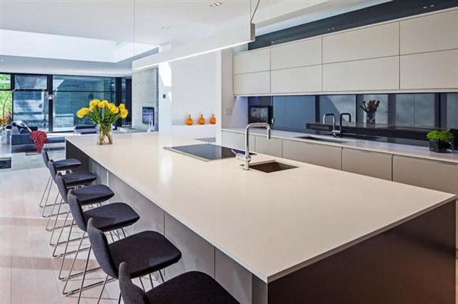 5.3-Million-44-Belvedere-Residence-in-Canada-7