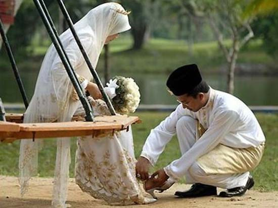 Image result for pasangan muslim romantis