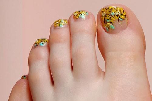 toe-nail-art-designs-6