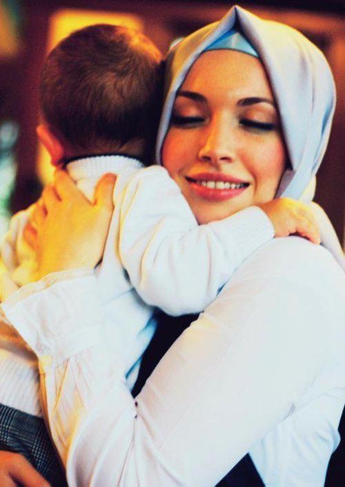 Beautful Hijab Girls With Their Cute Kids 3