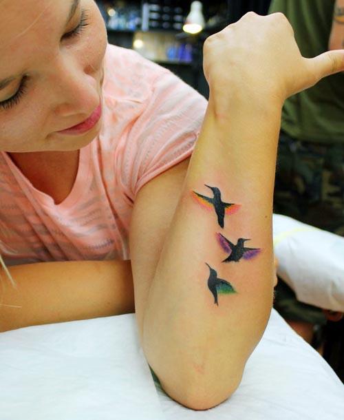 minimal hummingbird tattoo designs