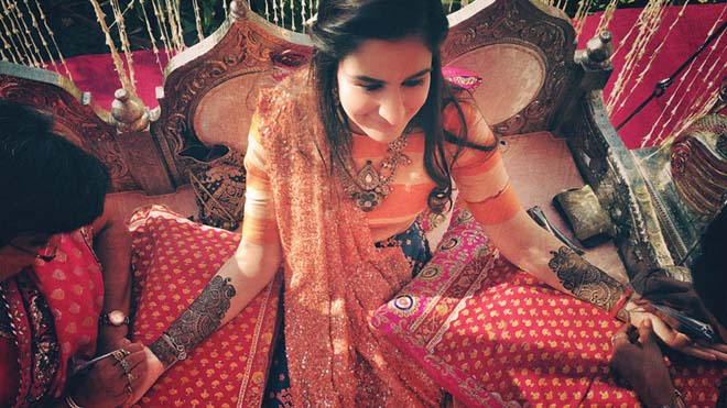 Photographer Shoots indian wedding using iphone 6s Plus