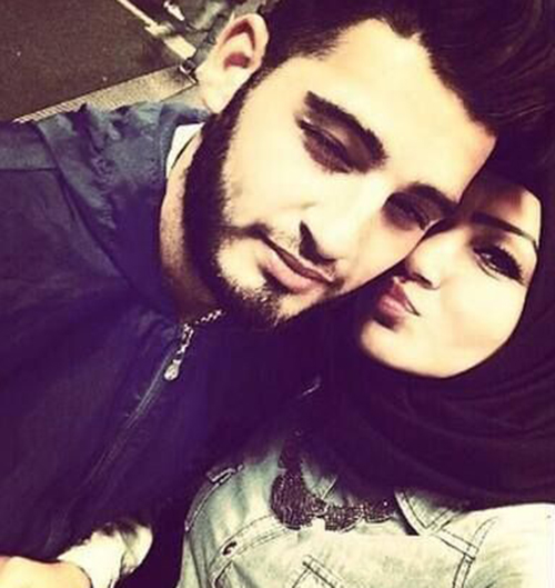 couple selfies hijab