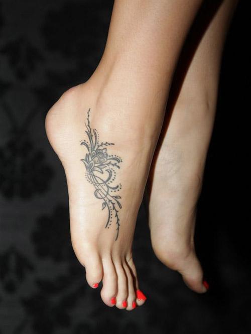 easy henna design for feet side