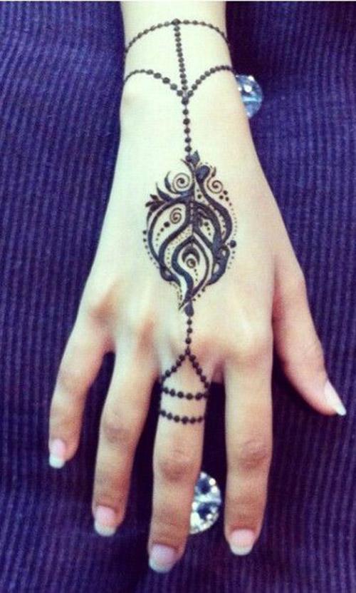 modren simple henna designs for hands