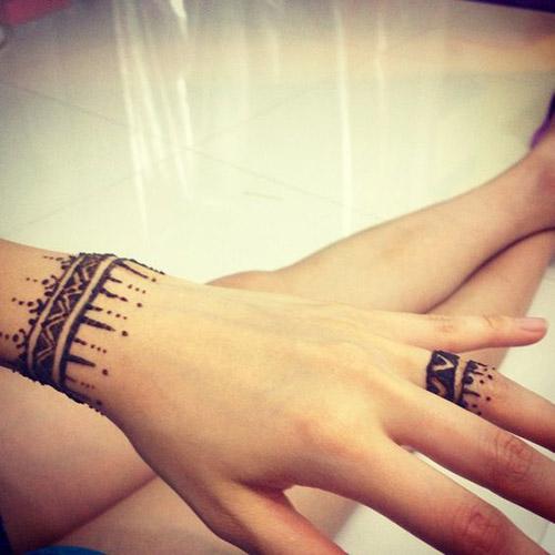 very simple henna designs