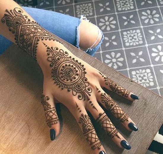 easy henna tattoos idea for hand