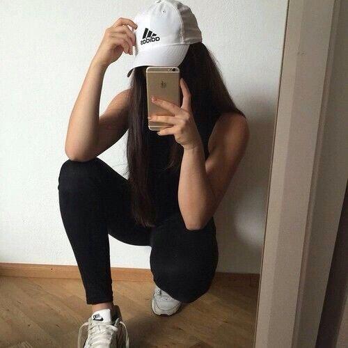 hideen-face-selfie-gym