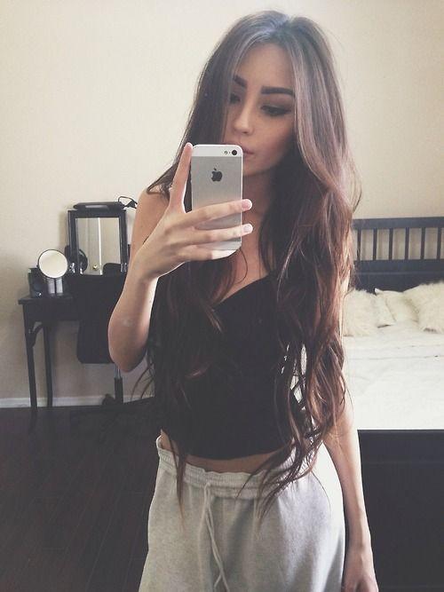 mirror selfie poses