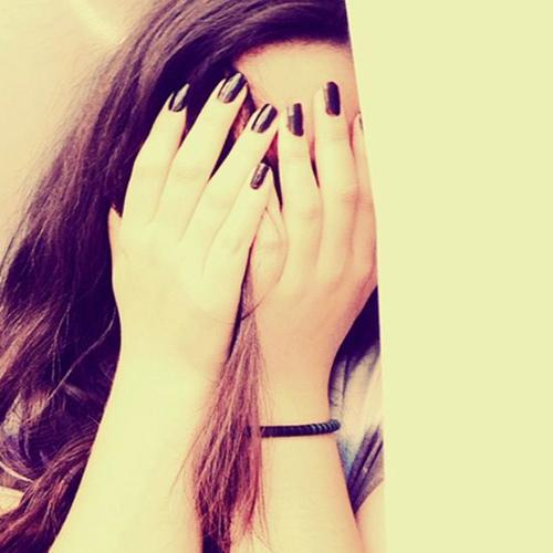 hidden-face-girl