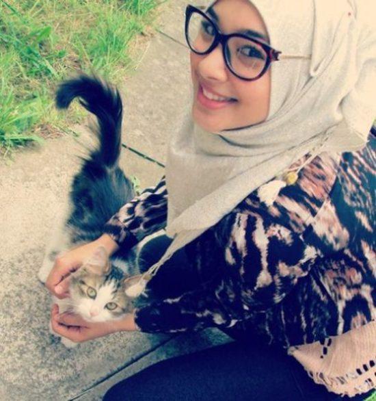 hot-muslim-girl-dp