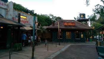 Um bilhete, por favor. Harambe Market é inaugurado no Animal Kingdom 3