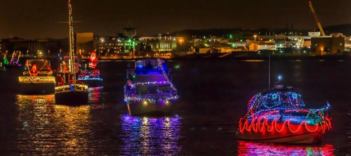 parade-of-lighted-boats-credit-visit-alexandria