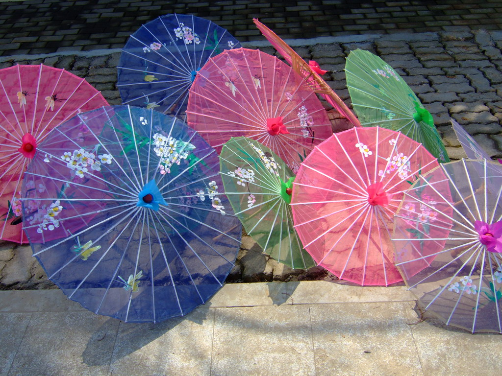 best beach chair with canopy oversized saucer what is a parasol? | umbrellify.net