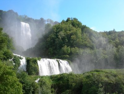 ttg travel experience umbria falls in love archeofantasia cascata delle marmore domenica di carta